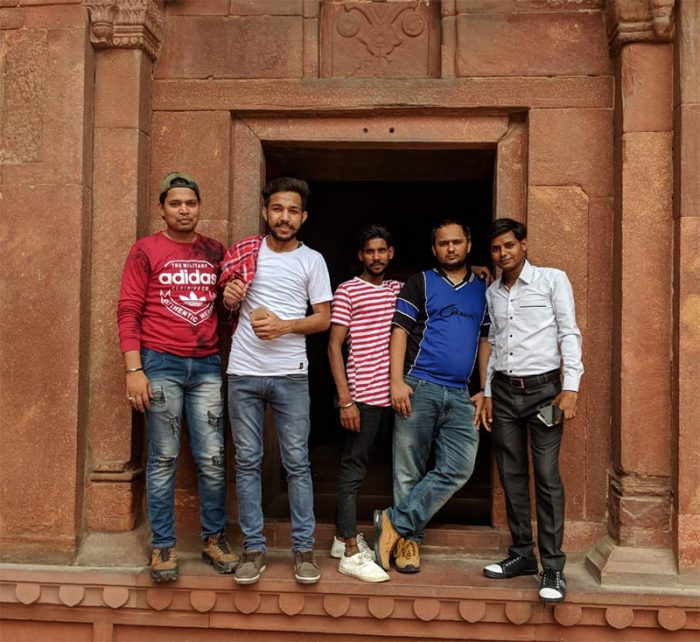 picture at agra fort