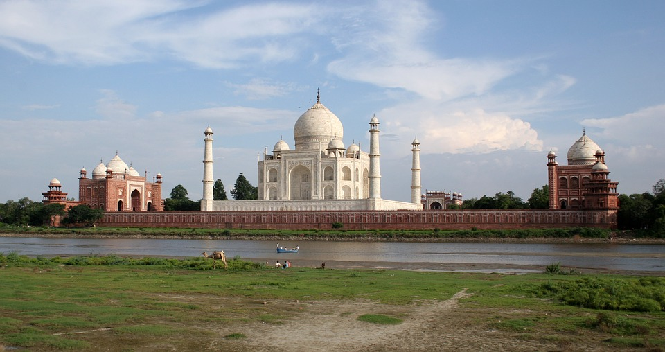 Interesting Facts and Myths about Taj Mahal